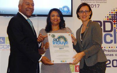 Reconocen con el Sello RDIncluye Medalla de Plata al Hospital Pediátrico doctor Hugo Mendoza por sus buenas prácticas en favor de la inclusión de personas con Discapacidad.