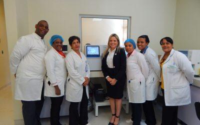 Hospital Pediátrico Hugo Mendoza adquiere equipos para análisis sanguíneo